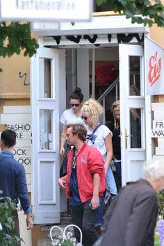 Kristen in Berlin with friends