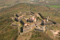 Elvas - A história de Portugal dentro de muralhas. Forte da Graça reabre portas - Artes - DN