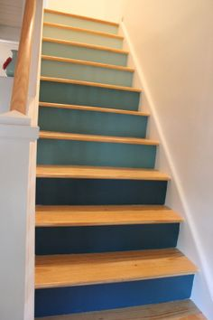 ombre stairs  http://shayjdesign.blogspot.com/2013/08/step-into-color.html #DIY
