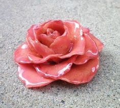 How to Preserve Flowers in Epoxy Resin, - Epoxy Resin - ideen blumen How to Preserve Flowers in Epoxy Resin, . Diy Resin Crafts, Crafts To Make, Arts And Crafts, Upcycled Crafts, Homemade Crafts, Fall Crafts, Sewing Crafts, Resin Jewelry, Jewelry Crafts