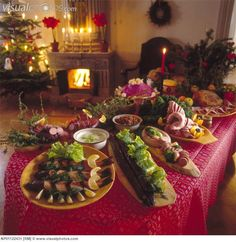 christmas decorations | Christmas food decorations on dinner table