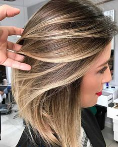 25 Best Sandy Brown Hair Color Ideas for Girls In 2018 In this modern Era Hair Color Decision is hard to make which color is best for your hair. People Asking So many question that need answering especially when you want to play safe with your users. Sandy Brown Hair, Brown Blonde Hair, Bayalage For Short Hair, Cool Brown Hair, Golden Blonde, Blonde Ombre, Blonde Brunette, Ombre Hair, Gorgeous Hair Color