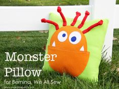 DIY Monster Pillow and Pattern if the mouth was a pocket it would be a great tooth fairy pillow Sewing For Kids, Diy For Kids, Gifts For Kids, Homemade Kids Gifts, Diy Gifts, Fabric Crafts, Sewing Crafts, Craft Projects, Sewing Projects