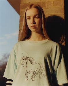Alice Goddard is a London stylist of normcore looks.