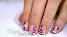 Cortas Francés decorado con flores violetas