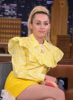 Miley Cyrus plans naked concert with Flaming Lips