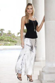 Photo of fashion model Elisandra Tomacheski - ID 362541 | Models | The FMD #lovefmd