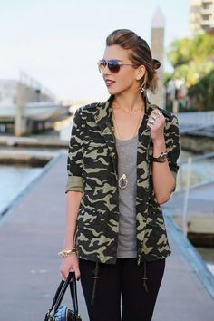 The perfect bold print looks amazing paired with a beautiful bold hairstyle!