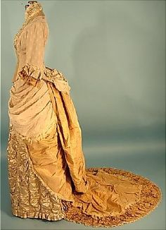 c. 1882 2-piece Trained Light Taupe Silk Crepe and Satin Two-Tone Dinner Gown with Golden Silk Taffeta Trim and Train