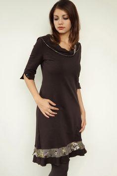 Robes mi-longues, *** brown jersey dress - flowers - buttons est une création orginale de stadtkind_potsdam sur DaWanda