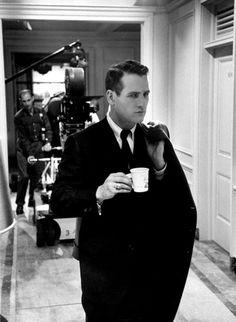 derniere-seance:  Paul Newman on the set of The Prize (Pas de lauriers pour les tueurs) directed by Mark Robson (1963).