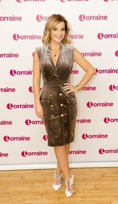 Blue Peter Presenters, Helen Skelton, Susanna Reid, Tv Presenters, Blonde Women, Celebs, Celebrities, Black And Brown, Cool Outfits