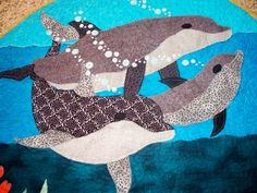 Hey, I found this really awesome Etsy listing at http://www.etsy.com/listing/52337506/sea-life-circular-baby-quilt