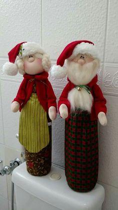 Pareja natal.. Christmas Wall Hangings, Christmas Ornament Crafts, Holiday Decor, Winter Christmas, Christmas Time, Hobbies And Crafts, Holidays And Events, Decor Crafts, Patchwork Natal