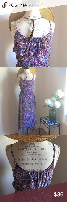 Pretty maxi hi-low  ✨EUC✨ Pretty colors and lovely print! Perfect condition. Adjustable straps, front ruffle and elastic waist. 100% rayon, true colors show best in close up! ❤️ Wet Seal Dresses Maxi