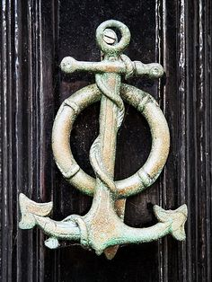 Anchor door knocker - Love it!   Cute for beach house