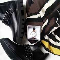 I nostri stivaletti total black sono inconfondibili!  trendytooshoes  cool   life  shoes b7251ceed31