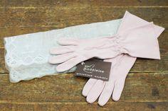 Vintage 1950s pink gloves . Strawberry Rose . by VoyeurVintage