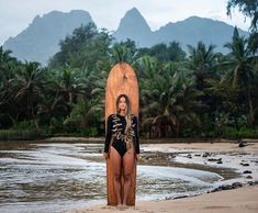 Surfing holidays is a surfing vlog with instructional surf videos, fails and big waves Surfer Girl Outfits, Surf Hair, Hawaii Surf, Surf Style, Big Waves, Surf Girls, Surfs Up, Instagram, Ocean Beach
