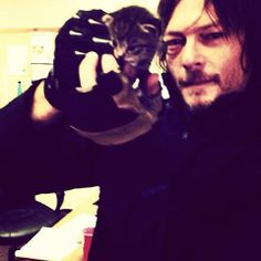 Cute kitten Norman Reedus: Daryl Dixon TWD The Walking Dead Norman Reedus, Norman Love, Men With Cats, The Walking Dead 3, Le Male, Latest Celebrity News, Stuff And Thangs, Daryl Dixon, Best Shows Ever