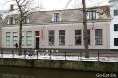 Exterior of the Mondrian House in Amersfoort. Photo © Stuart Forster / whyeyephotography.com.