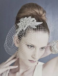 Vivien is a spectacular and elegant crystal diamante vintage-inspired wedding comb which will add real glamour to your bridal look. Bridal Comb, Hair Comb Wedding, Headpiece Wedding, Wedding Rings, Vintage Bridal Hair, Rhinestone Wedding, Bride Look, Bridal Hair Accessories, Wedding Hairstyles