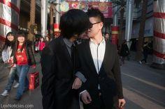 En este país castigan la homosexualidad con descargas electricas (Uyy dolor)  - http://www.leanoticias.com/2014/01/31/en-este-pais-castigan-la-homosexualidad-con-descargas-electricas-uyy-dolor/