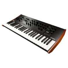 The Korg Prologue is a fullyprogrammable fullfeatured professional synthesizer big brother to the minilogue Prologue is a polyphonic analogue synthesizer equipped with a fullsized keyboard With powerful analogue circuits that are descended directly from t
