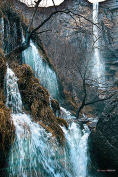 Delika. Salto del Nervión.Sierra Salvada, Berberana, Burgos. ESPAÑA