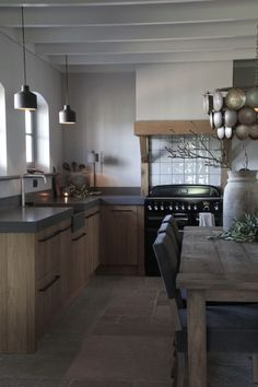 Kitchen Redo, Kitchen And Bath, Home Reno, Rustic Chic, Interior Design Kitchen, Decoration, Home Kitchens, Building A House, Sweet Home