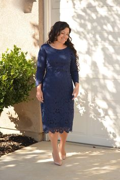 How perfect is our Morgan dress? Navy, lace and fully lined! Fabric has a nice stretch, modeled in medium, Small (bust Medium (bust Large (bust Lace Bridesmaid Dresses, Dressy Dresses, Modest Outfits, Cute Dresses, Girls Dresses, Modest Clothing, Bride Dresses, Modest Fashion, Dress Outfits