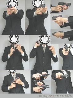 """트위터의 ART In G 자료 봇 님: """"다각도의 총을 잡은 손 #총 #손 #자료 #아트인지 #Gun #Hand #Reference…"""