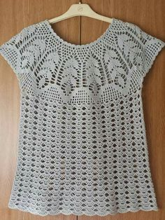 White summer top size S Crochet girls tunic top White woman top crochet blouse Organic cotton top Gi - Salvabrani Marisa Tricot Crochet e Acessó This Pin was discovered by Irm Diagrams and description - Salvabrani Débardeurs Au Crochet, Crochet Tunic, Crochet Girls, Crochet Woman, Crochet Clothes, Crochet Diagram, Tunisian Crochet, Diy Crafts Knitting, Diy Crafts Crochet