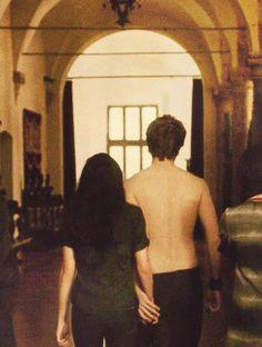 New Moon ~ Edward and Bella Twilight Saga New Moon, Twilight Edward, Twilight Cast, Twilight Pictures, Twilight Series, Vampire Twilight, Robert Pattinson Twilight, Robert Pattinson And Kristen, Alice Cullen