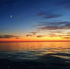 Quiet #sunsetsunday in #southhaven. Thanks for sharing insatgram friend Alexandra York.