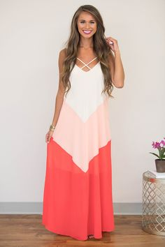 Looking for boutique maxi dresses? Shop the biggest online selection of cute, timeless styles at Pink Lily today for the wardrobe upgrade of a lifetime! Coral Maxi Dresses, Boutique Maxi Dresses, Cute Dresses, Formal Dresses, Country Girl Style, Country Girls, My Style, Pink Lily Boutique, My Wardrobe