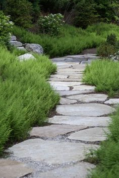 Gorgeous 46 Beautiful Decorative Stones for Landscaping Design http://toparchitecture.net/2018/03/23/46-beautiful-decorative-stones-for-landscaping-design/