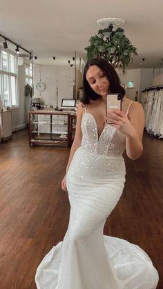 Grand Entrance, Red Carpet, Gowns, Bridal, Store, Wedding Dresses, Fashion, Vestidos, Bride Dresses