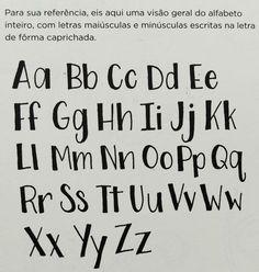 Alfabeto letra de forma caprichada Hand Lettering Alphabet, Doodle Lettering, Creative Lettering, Lettering Styles, Calligraphy Letters, Brush Lettering, Journal Fonts, Bullet Journal Notes, Bullet Journal Writing