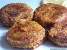 Grilled chicken in tandoori masala Shami Kebab Recipes, Shami Kebabs, Curry Recipes, Snack Recipes, Cooking Recipes, Indian Chicken Recipes, Indian Food Recipes, Fish Cutlets, Mince Dishes