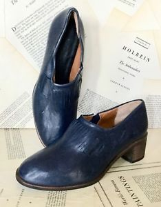 f869eea30153f2 NEW Kupuri Hand Made navy blue Leather Slip In Shoe Pump Bootie 37 6.5