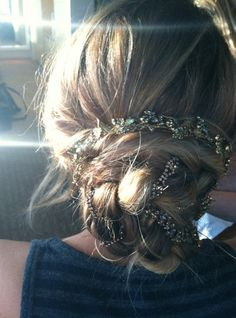 I want my hair done like this just one. Jennifer Lawrence pre-Hunger Games premiere.