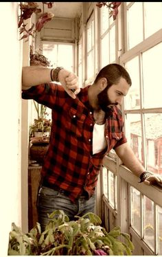 I like bears, rugged men, muscular and beefy guys I don't own any of these photo's unless they are tagged as personal [ABOUT THE BOY] - Enjoy your stay Mode Masculine, Lumberjack Style, Beard Love, Beard Tattoo, Bear Men, Sharp Dressed Man, Hair And Beard Styles, Hairy Men, Gorgeous Men