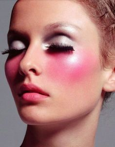 tag Catastrophes make-up