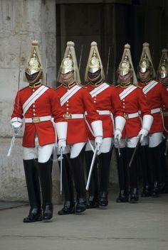 The Queen's Life Guards. British Soldier, British Army, British Royals, Army Uniform, Men In Uniform, Military Uniforms, England Ireland, London England, Queens Guard