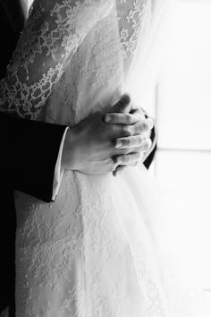 Winter Wedding at The Bowery Hotel - Wedding Session - wedding details Wedding Picture Poses, Wedding Poses, Wedding Photoshoot, Wedding Shoot, Wedding Portraits, Wedding Pictures, Wedding Ideas, Wedding Decorations, Wedding Photography Inspiration