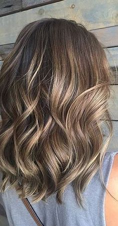 brunette balayage highlights Balayage Brunette, Balayage Highlights, Balayage Hair, Brunette Hair, Blonde Ombre, Curly Hairstyles, Wedding Hairstyles, Brassy Blonde, Hair Color Guide
