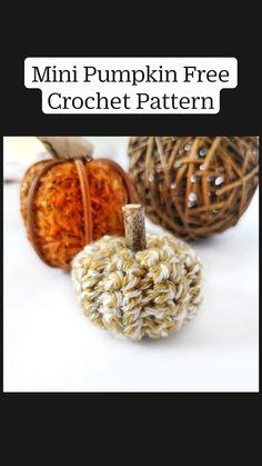 Crochet Pumpkin, Crochet Fall, All Free Crochet, Holiday Crochet, Crochet Home, Cute Crochet, Crotchet, Knit Crochet, Diy Halloween Decorations
