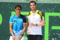 Andy Murray cu trofeul de la Miami