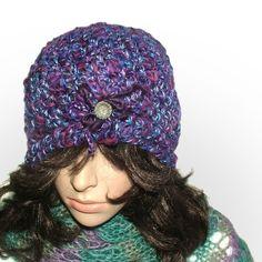 purple brooch beanie #crochet beanie be Renate Kirkpatrick